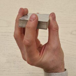 Снятие колоды одной рукой